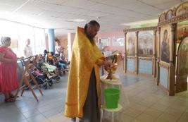 Первая годовщина малого освящения храма иконы Божией Матери «Целительница»