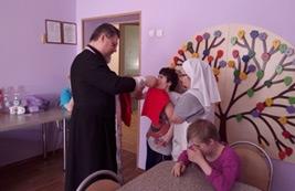 В Центре содействия семейному воспитанию «Южное Бутово» состоялось причастие Святыми Тайнами детей-инвалидов